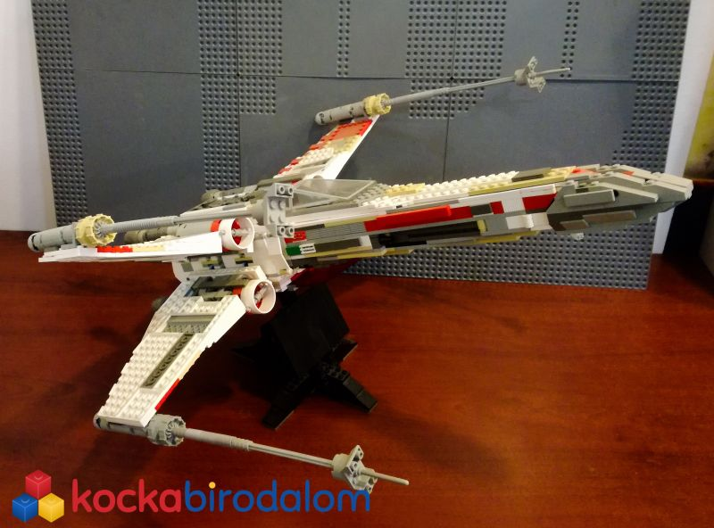 X-wing Fighter - UCS (2000)